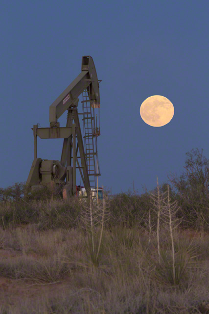 Full Moon & Pumpjack